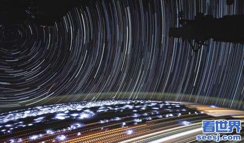NASA宇航员Koch分享在国际空间站上拍摄的星轨照片