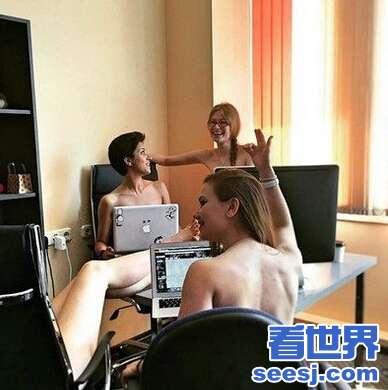 白俄罗斯美女需要脱掉衣服干活拍下裸体劳动的照片传到网络