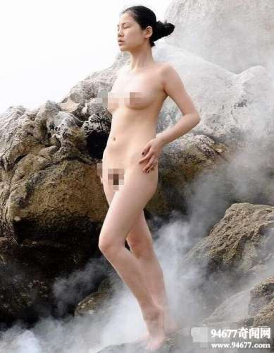 人体模特俪仙一丝不挂图,大胆全裸展现人体艺术之美