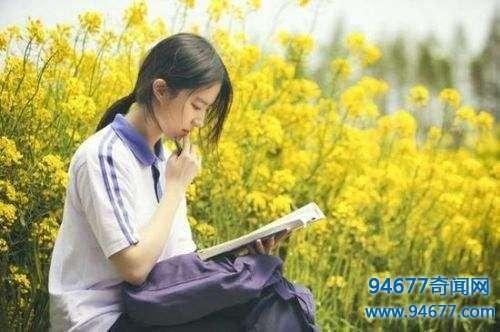 女星写作业的样子谁最美baby像小学生 陈妍希清纯