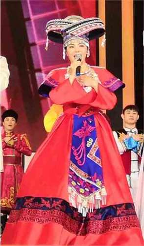 严当当放歌2019中国文学艺术界春节大联欢