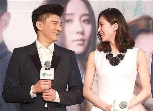 刘诗诗妈妈调侃女儿不漂亮看完她和妈妈的合照就信了