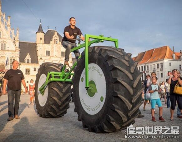 世界上zuì重的自行车,小伙子创造出重达1720斤的自行车