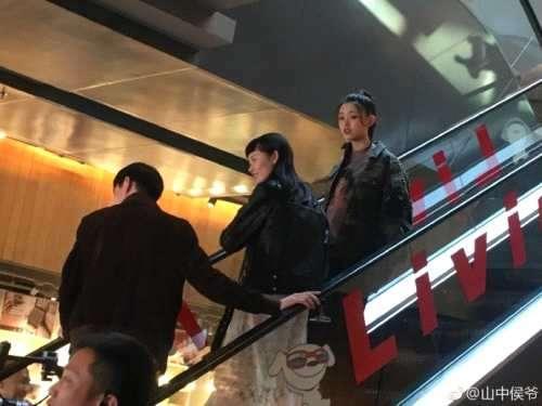 在北京某家具店偶遇林允本人真的好漂亮