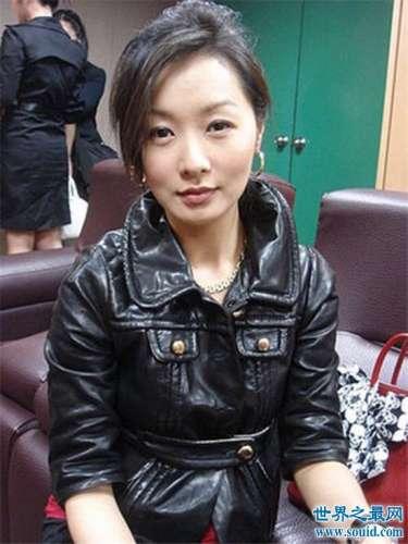 台湾女星郑家榆拍戏假戏真做,还因情患抑郁症。