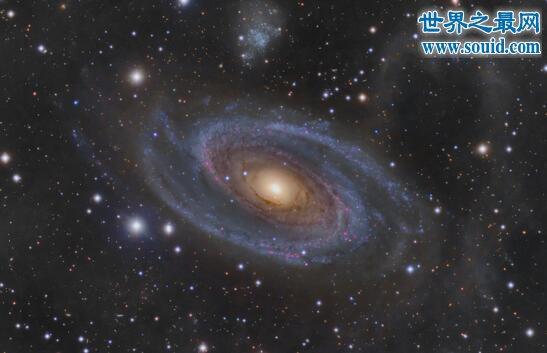 宇宙全景图曝光,137亿年前宇宙大爆炸遗留痕迹