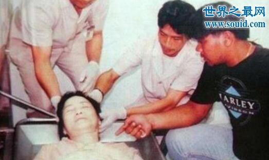 邓丽君死亡真相,并非哮喘而死(或与其男友有关)