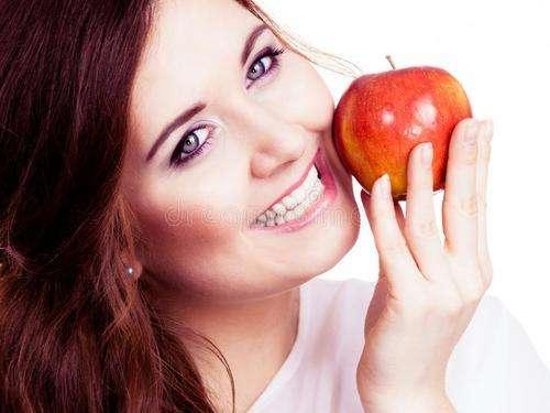 这些水果可以抑制黑皮肤,还你白皙美貌的肌肤