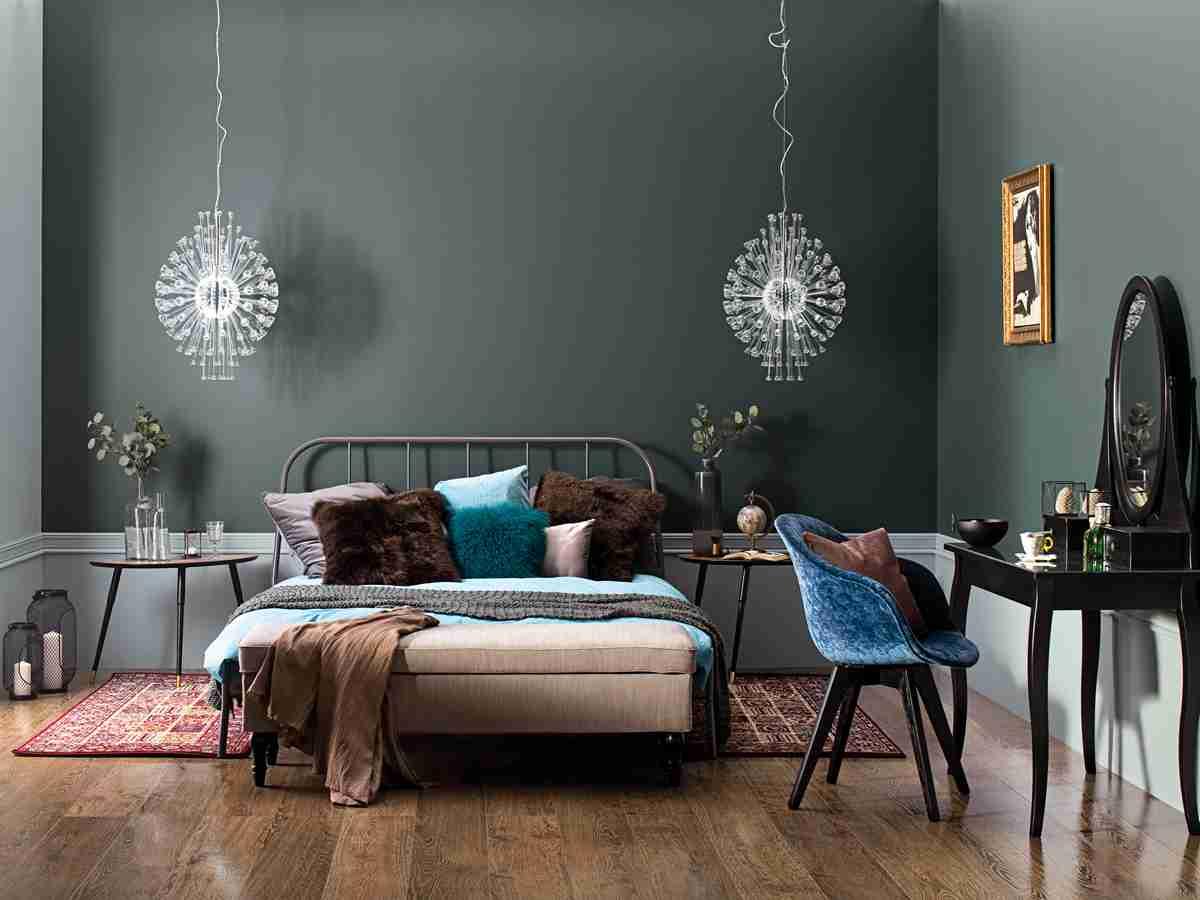 涂料该怎么挑选?家里墙面刷什么漆环保?