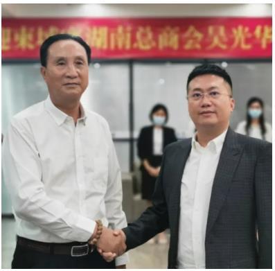中柬商会刘阳谈如何帮助在柬中小企业发展