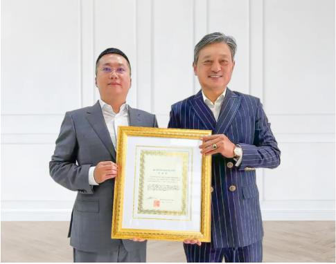 柬埔寨刘阳荣任世界华人工商促进会亚太区执行主席